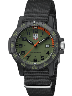 Luminox Leatherback Sea Turtle Giant 0320 Series 0337 Green/Black Front Side Closed Angled