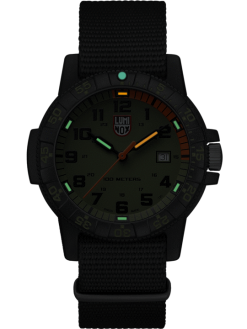 Luminox Leatherback Sea Turtle Giant 0320 Series 0337 Green/Black Front Side Closed Center Night