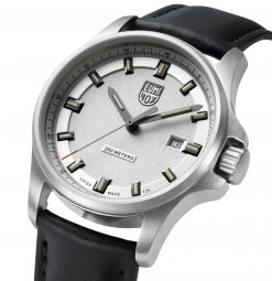 Luminox Dress Field 1830 Series 1839 Black/Silver Front Side Front Side Closed Close Up Angled