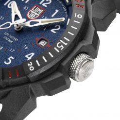 Luminox ICE-SAR ARTIC 1000 Series - CARBONOX 1003.ICE Navy Blue/White Front Side Face Close Up 2