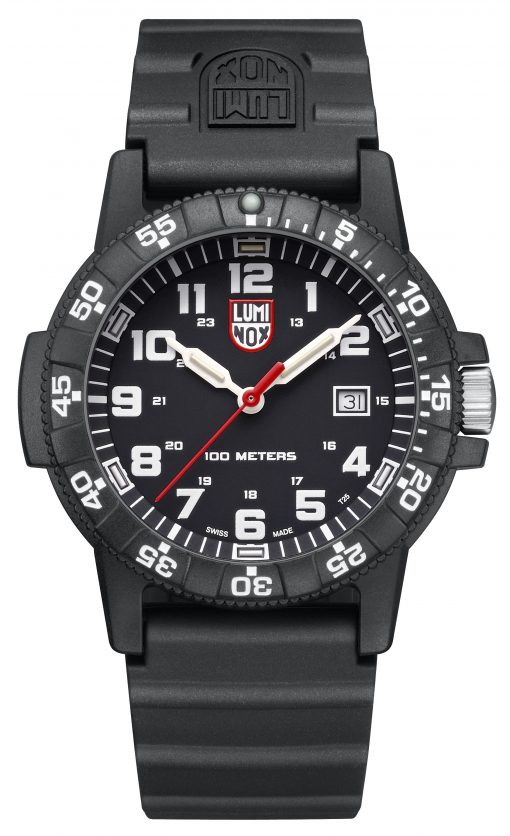 Luminox Leatherback Sea Turtle Giant 0320 Series 0321.L Black/White Front Side Closed Center