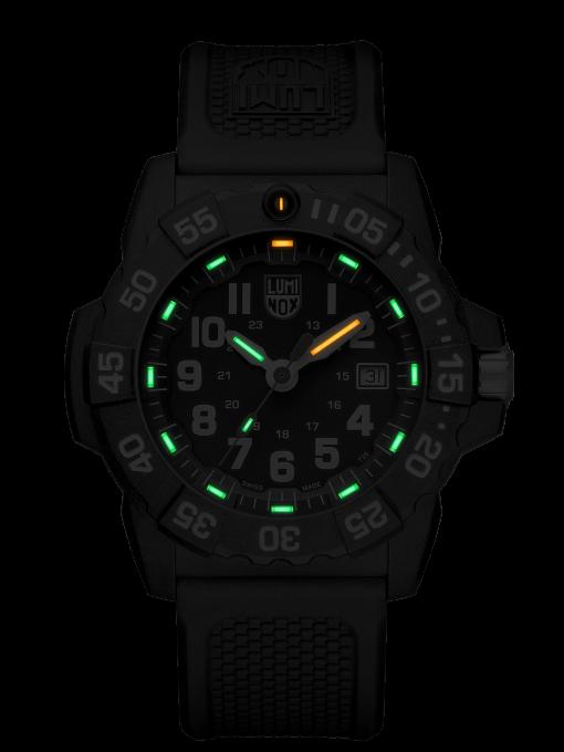 Luminox Navy SEAL 3500 Series 3501.L Black/White Front Side Center Night