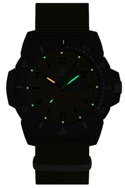 Luminox Navy SEAL 3600 Series 3617.SET Green/Black Front Side Closed Center Night