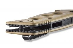 Benchmade Auto Adamas Grey CPM-CruWear Combo Blade Desert Tan G-10 Handle Spine Close Up