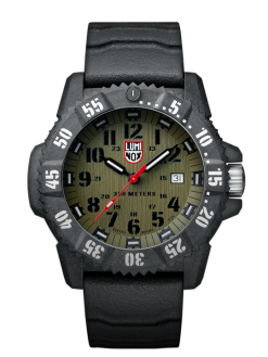 Luminox Master Carbon SEAL 3800 Series 3813.L Green/Black Front Side Closed Center