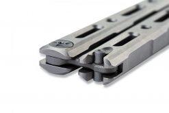 Benchmade 85 Ti Bali-Song FPR S30V Blade Titanium Handle Latch Close Up