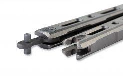 Benchmade 85 Ti Bali-Song FPR S30V Blade Titanium Handle Latch Close Up 2