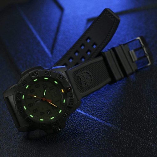 Luminox Navy SEAL 3500 Series XS.3517 OD Green/OD Green Front Side Open With Background Night