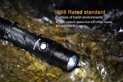 Fenix FD30 LED Focus Flashlight - 900 Lumens Infographic 1