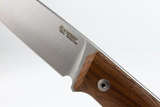 LionSteel B35 Sleipner Steel Blade Santos Wood Handle Front Side Detail Close Up