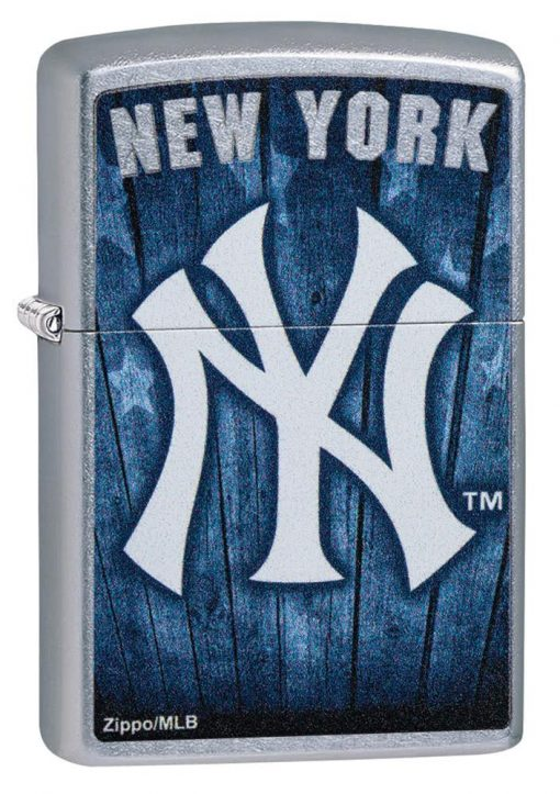 Zippo - MLB New York Yankees Design Lighter Front Side Closed Angled