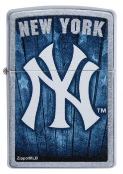 Zippo - MLB New York Yankees Design Lighter Front Side Closed